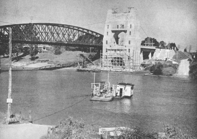 Indooroopilly ferry crossing the Brisbane River 1935