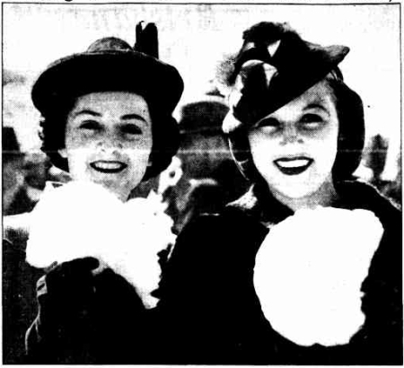 %22Making the Best of the Show Holiday%22, Courier Mail, 17 August 1939, p.3