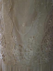 Fabric detail lace dress